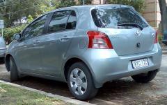 2005-2008_Toyota_Yaris_(NCP91R)_YRS_5-door_hatchback_01.jpg